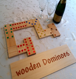 INDOOR GAMES - Large Dominoes